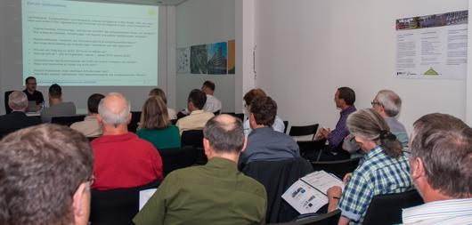 14_05_22 Bild Seminar (web 530x253)_Smart Skript