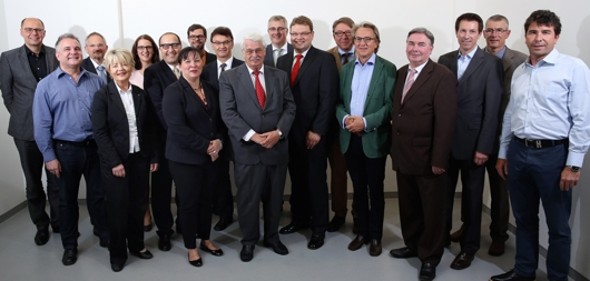 14_06_17 Gründung Initiative Impulse für den Wohnungsbau HESSEN (Bild 4505) (web 530x253)_Boeckheler