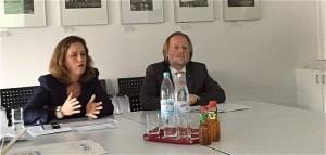 Frankfurt ist ein Top-Standort(v.l.n.r.) Simone Zapke, die neue Leiterin der Frankfurter Bauaufsicht und Bürgermeister Olaf Cunitz (Foto: ROESSLER PR)