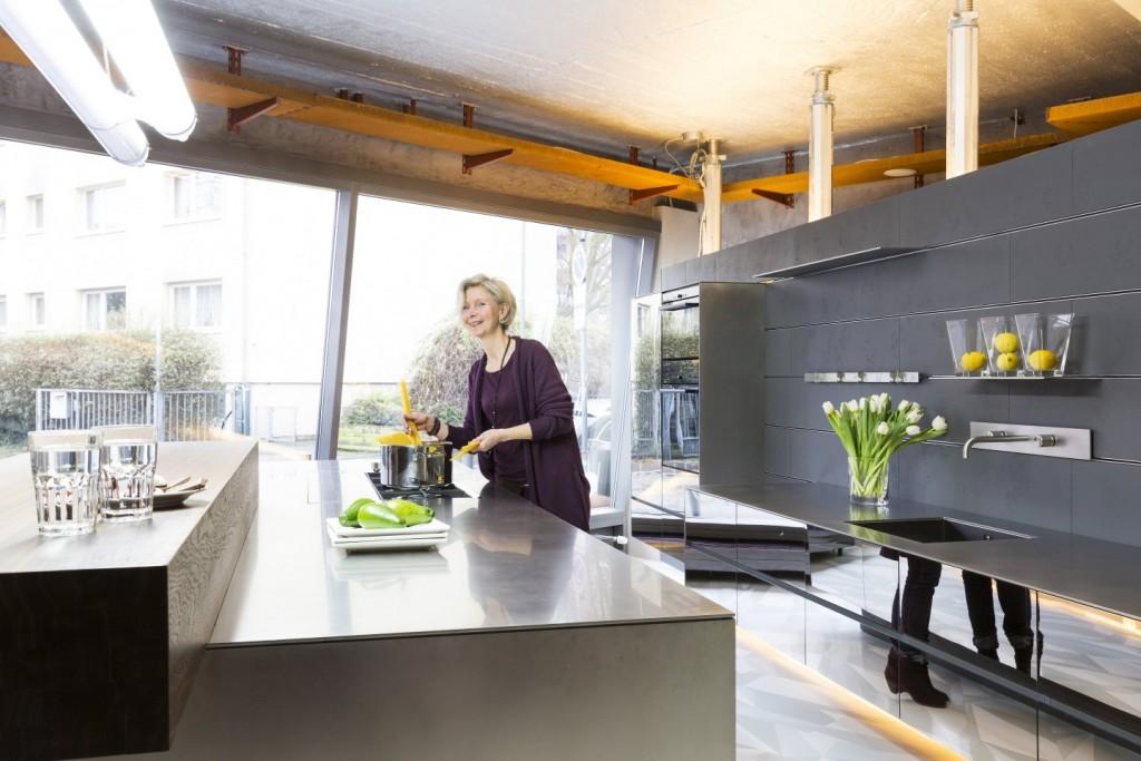 """""""Offene Küche für die Kommunikation"""" Foto: Küchen(t)räume Bartelt Fotograf: Markus Palzer"""