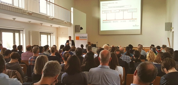 Seminar Mehrgeschossiger Wohnungsbau mit Mauerwerk, Stadtplanungsamt Frankfurt