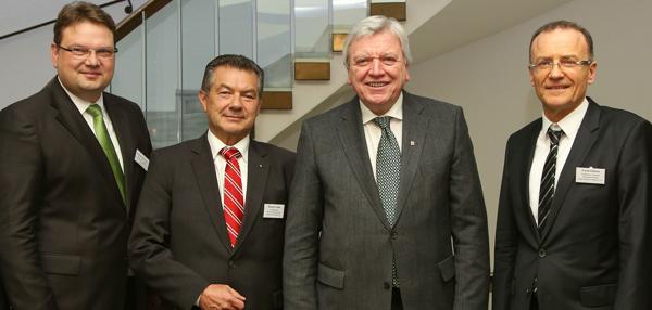 http://bdb-hessenfrankfurt.de/wp-content/uploads/2017/01/17_01_26-ministerpraesident-volker-bouffier-vorstaende-verbaende-web-600x286_biv.jpg