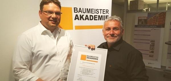 Zertifikat QUALITÄTSMANAGER BAURECHT .BA